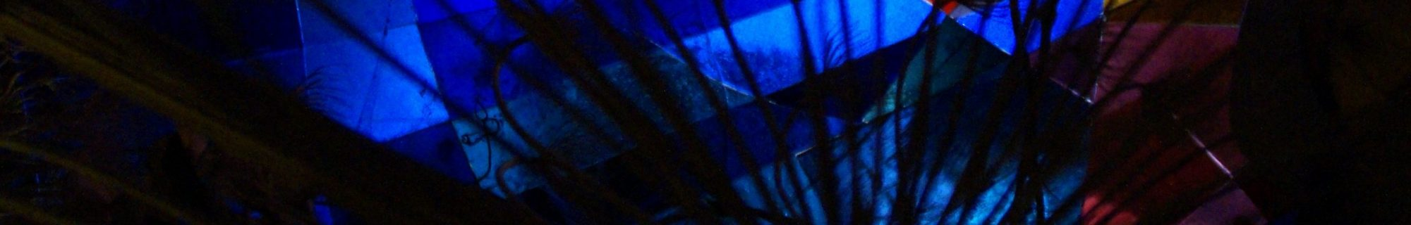 person-light-abstract-night-window-glass-997225-pxherecropped.com